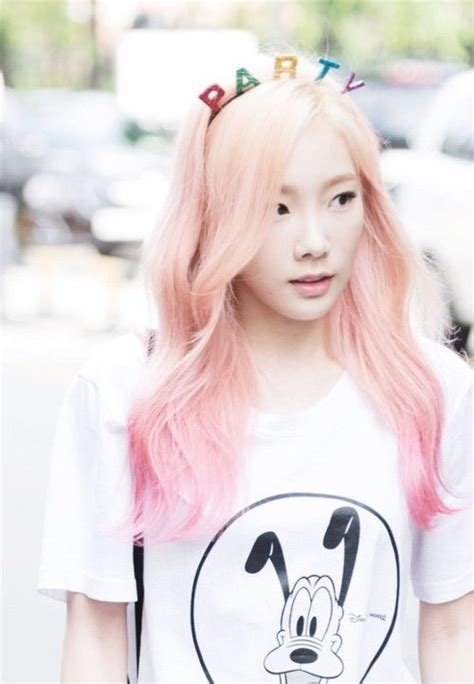 Blonde Fashion Snsd And We Heart It On Pinterest Black And Red Hair Ideas Tumblr