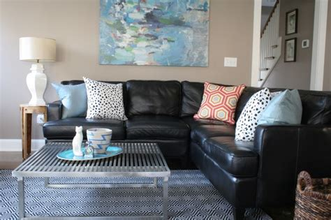 living room ideas with black leather sofa 25 best ideas about black leather couches on