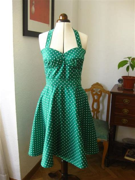 sew on dresses you to see sew retro bombshell dress by chance of