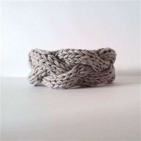how to knit a crochet 10 easy and free crochet bracelet patterns 101 crochet