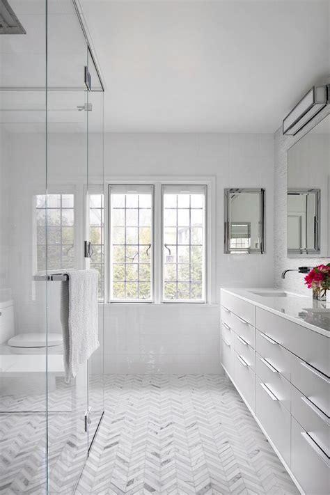 Bathroom Ideas White by Minimalist White Bathroom Designs To Fall In