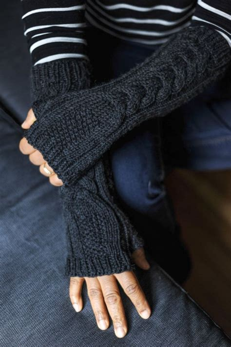 how to knit gloves with fingers for beginners fingerless fingerless gloves fingerless mittens