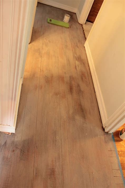 chalk paint for floors 35 best images about painting a plywood floor on