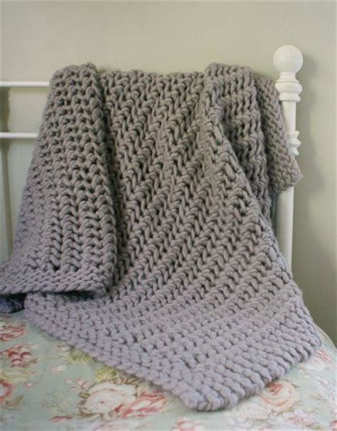 knitting pattern throw chunky free knitting pattern afghans blankets lacy chunky