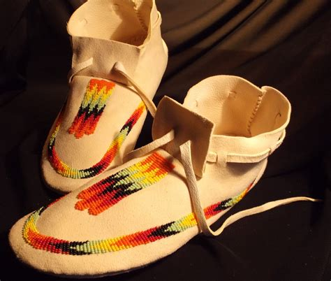 Beaded Moccasins Size 10 By Tribal By Darkponyproductions