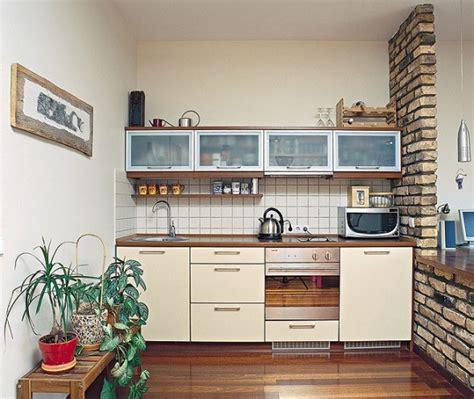 tiny kitchen design ideas kis lak 225 sban kis konyha d 237 szl 233 c 233 s led l 225 mpa web 225 ruh 225 z