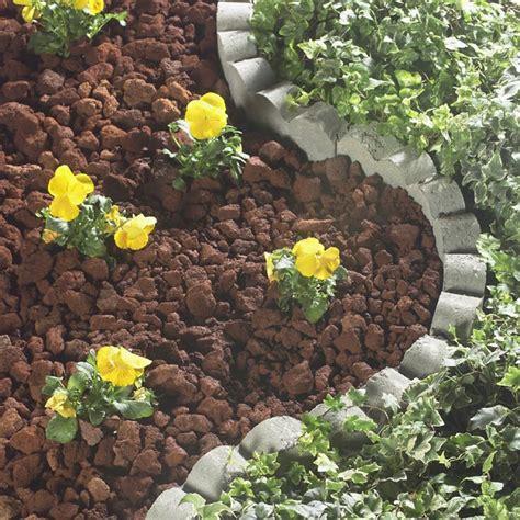 lowes garden rocks mulch buying guide
