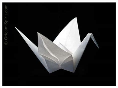 importance of origami in japanese culture the basic 1000 paper cranes