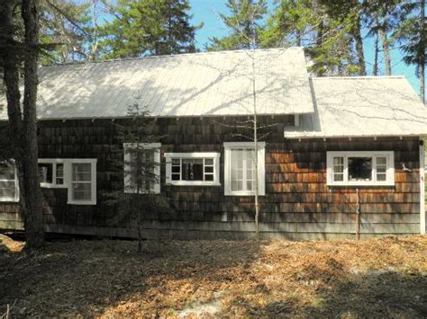 waterfront cottages for sale in maine maine recreational property land fishing
