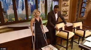 what device does ripa use on hair what device does kelly ripa use on her hair kelly ripa