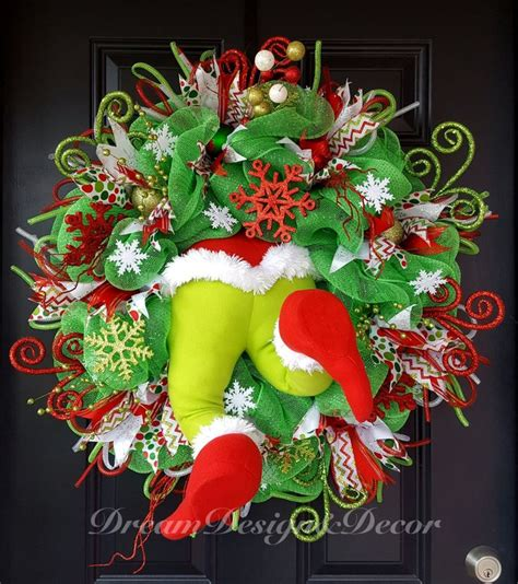 grinch theme best 25 grinch ideas on