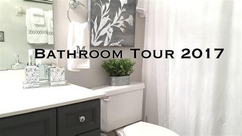 Bathroom Decorating Ideas by Bathroom Decorating Ideas Tour On A Budget