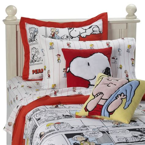 snoopy bedding tabulous design snoopy the peanuts