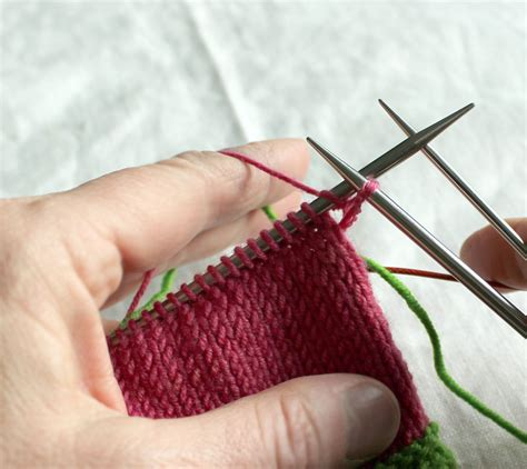 knit into front of stitch cuff for top sleeve 197 sa tricosa