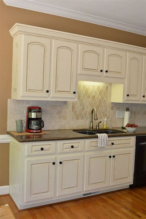kitchen cabinets with light countertops painted kitchen cabinet details