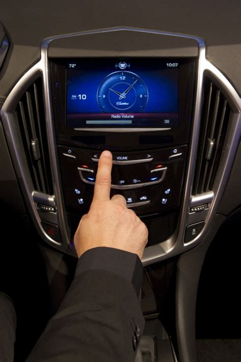 Cadillac Cue by Cadillac Unveils New Cue Infotainment System Gm Authority