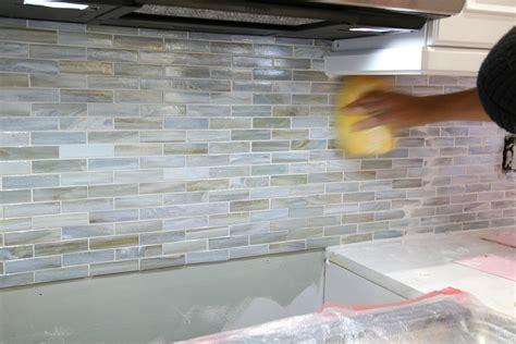 grouting kitchen backsplash grouting kitchen backsplash 28 images subway tile