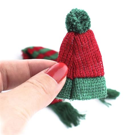 how to knit a tiny hat miniature knit scarf and hat set doll accessories doll