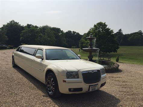 Chrysler Limo by 8 Seater Chrysler Limo Fox Limousines