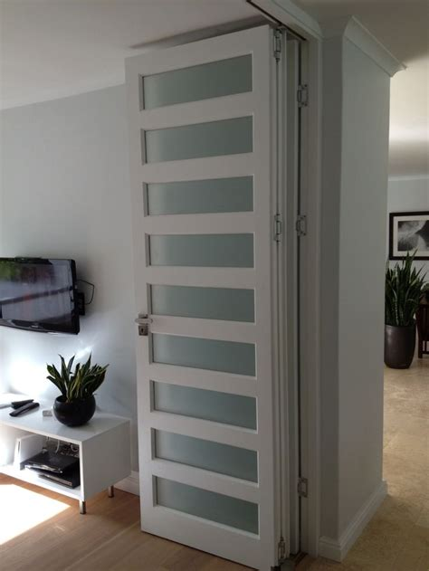 accordion room divider best 25 room divider doors ideas on sliding