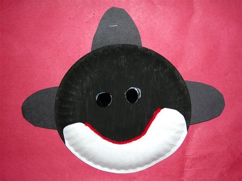 whale paper plate craft paper plate orca projects crafts