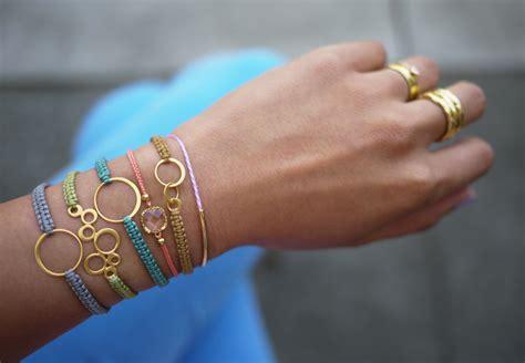 how to make macrame jewelry how to make beautiful diy macrame bracelet step by step