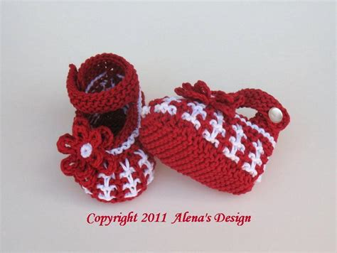 knit baby shoes you to see knit baby shoes on craftsy