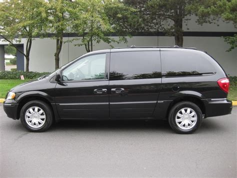 Chrysler Town And Country Dvd by 2005 Chrysler Town Country Touring Edition Leather Dvd