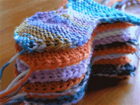 free fish knitting patterns knit knit frog fish n 43 and a new sock starts