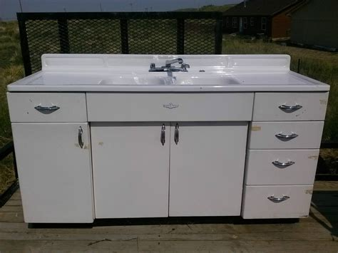 youngstown kitchen cabinets youngstown kitchens by mullins kitchen sink and cabinet