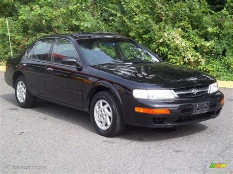 1998 Nissan Maxima Gle by Black 1998 Nissan Maxima Gle Exterior Photo