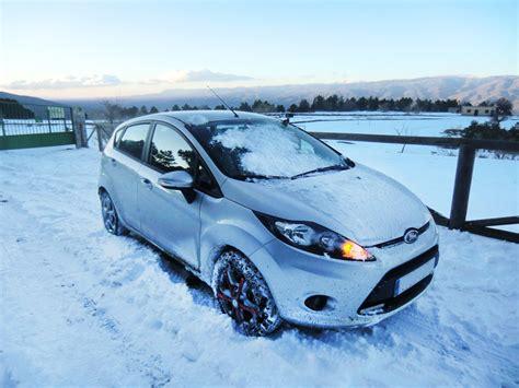 cadenas coche nieve cadenas de nieve compa 241 ero indispensable en tus viajes de