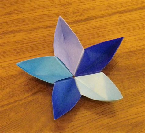 flor origami pin papercraft y on