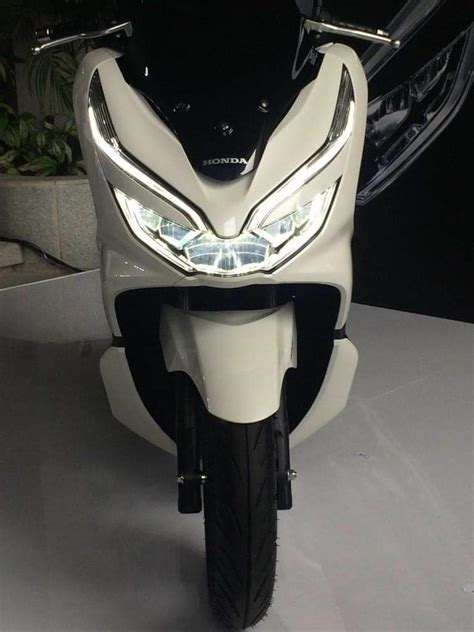 Pcx 2018 Putih Modifikasi by Honda Pcx 2018 Putih 2 187 Bmspeed7