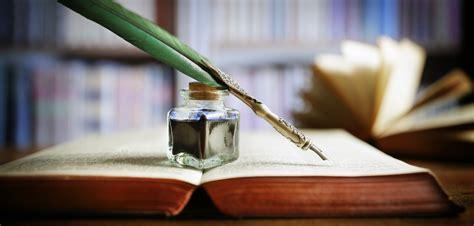 barefoot writer meet writers who enjoy successful careers in writing