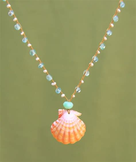 shell jewelry 25 best ideas about seashell necklace on