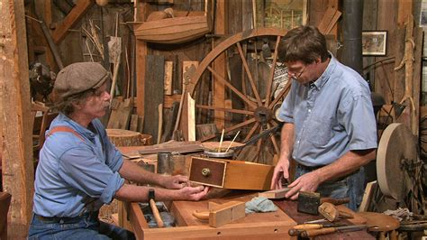 steve latta woodworking the woodwright s shop hammer veneering with steve latta