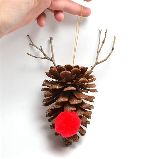 pine cone ornaments to make simple diy pine cone ornaments a bigger