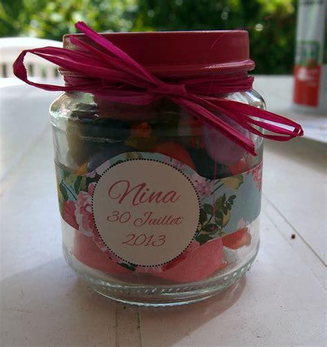 diy des petits pots de bonbons pour les invit 233 s dr 244 les de mums