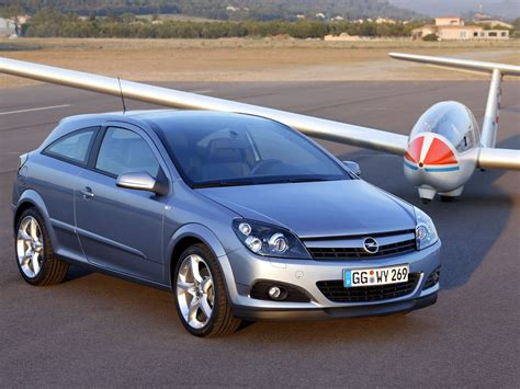 Opel Astra 2005 by Opel Astra H Gtc 2005 Opel Astra H Gtc 2005 Photo 05 Car