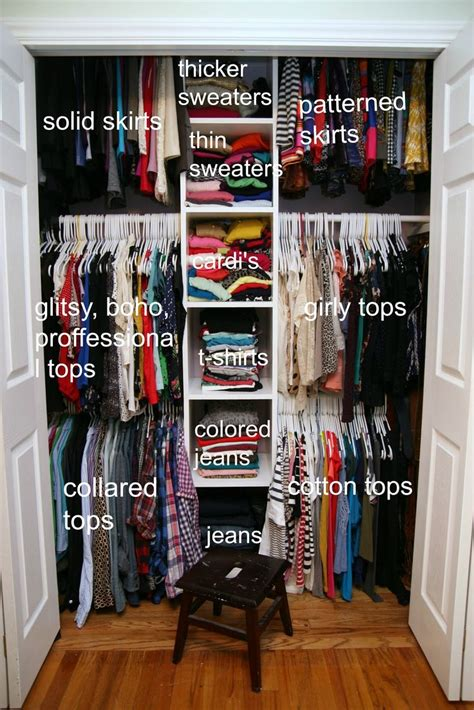 organize bedroom closet 25 best ideas about small bedroom organization on