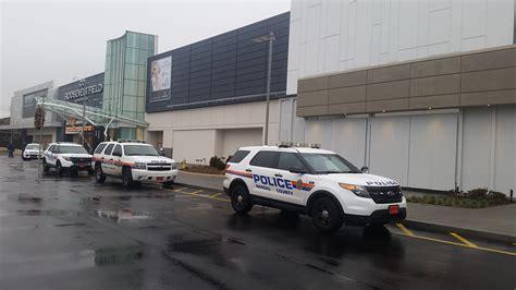 Garden City Ny Irs Office Roosevelt Field Mall Shooting