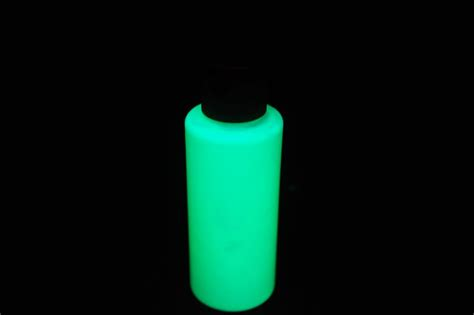 2oz Acrylic Luminous Green Glow In The Paint