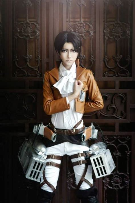 Cosplay – Cabo Rivallie – Shingeki no Kyojin (Attack on ... Attack On Titan Levi Salute