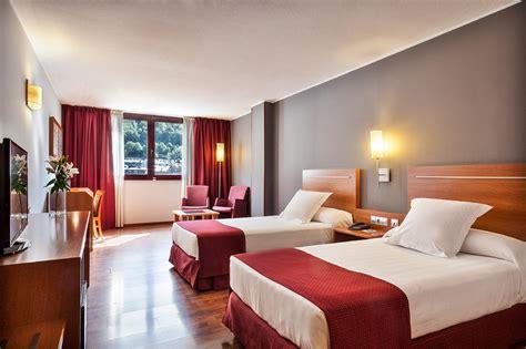 decoracion habitacion hotel habitaciones hotel acta arthotel andorra