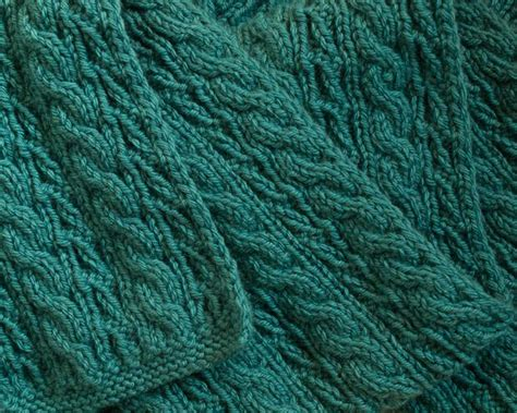 reversible knit stitches cable lover s reversible scarf knitting patterns and