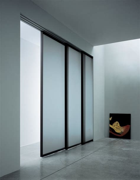 closet sliding mirror doors sliding mirror closet doors sliding closet doors lowes