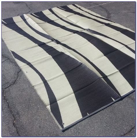 outdoor rugs canada outdoor cing rug canadian tire rugs home design