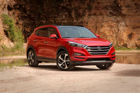 Top Small Suv by Top Small Suv Hyundai Tucson Best Midsize Suv