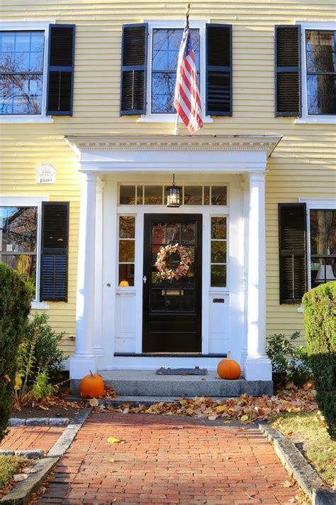 colonial exterior doors best 25 colonial front door ideas on colonial